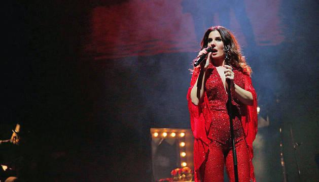La cantante Diana Navarro, durante un concierto.