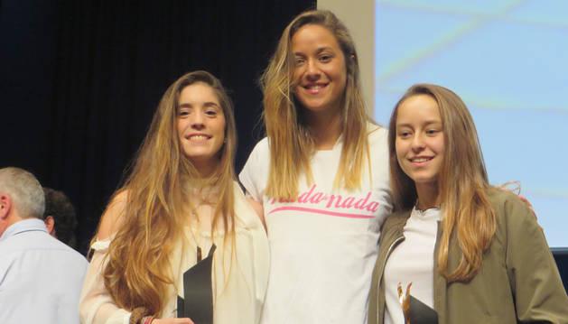 Leyre Antoñanzas y Nerea Barrena, premiadas en la Gala de la Natación Guipuzcoana