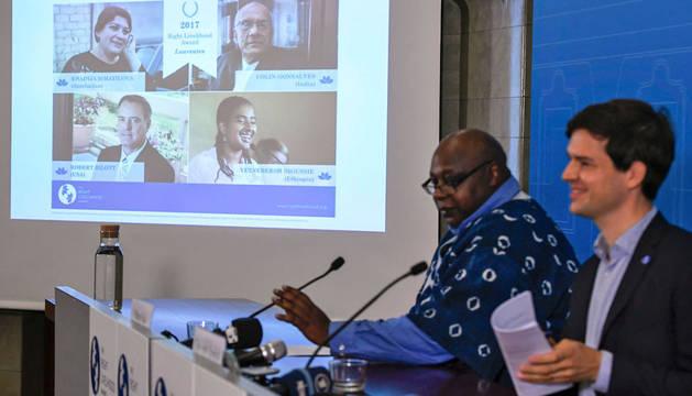El Nobel Alternativo premia a una periodista azerbaiyana y un abogado indio