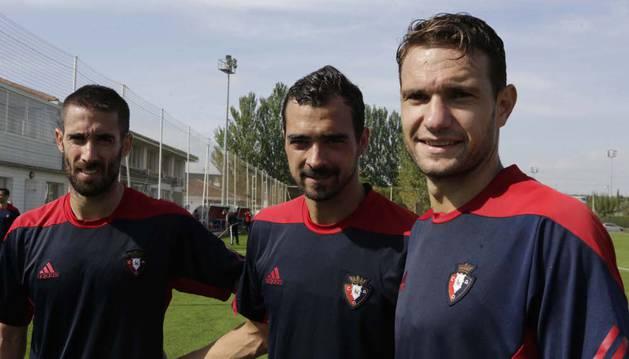 Lillo, De las Cuevas y David Rodríguez, ayer al término del entrenamiento.