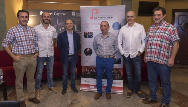 Fotos de Martín Ariztimuño, Luisma Remesar, J. Vicent Egea, José Luis Fraile, Jesús Garisoain y Fermín Garaikoetxea