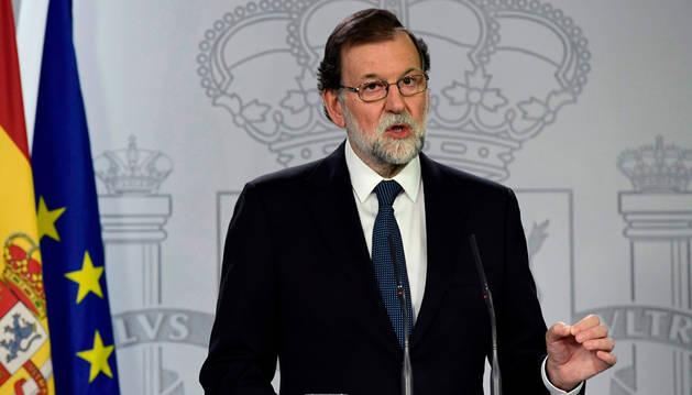 El presidente del Gobierno, Mariano Rajoy, este domingo en La Moncloa.