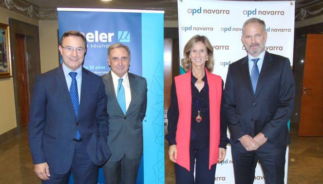 Juan Carlos Franquet, José Antonio Sarría, Cristina Garmendia y Javier Aranguren.