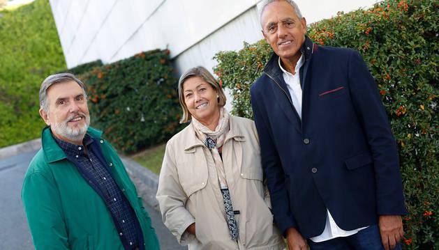 Ignacio Iribarren (presidente de ANPE), Margarita de Miguel y Raimon Pelach (pediatras y miembros de la junta fundadora).