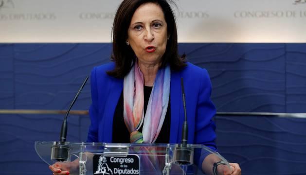 Margarita Robles en la sala de prensa del Congreso