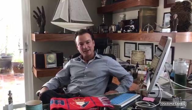 Fotograma del vídeo de presentación de Carlos Aragón, el empresario mexicano que avala la candidatura de 'Osasuna cambio'