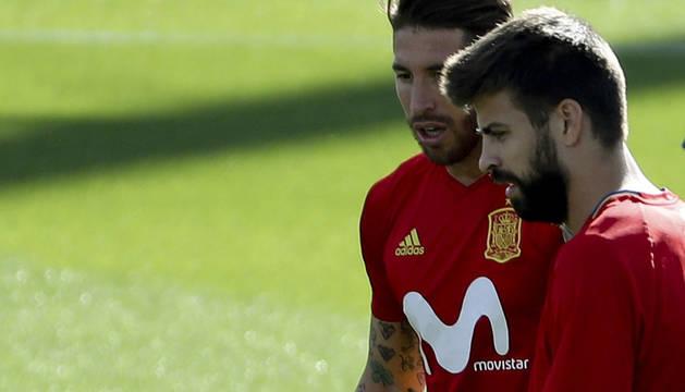 Gerard Piqué y Sergio Ramos.
