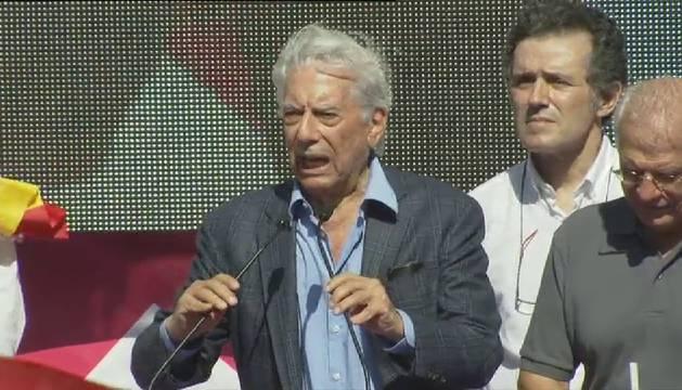 """Vargas Llosa: """"El independentismo no va a destruir la legalidad de España"""""""