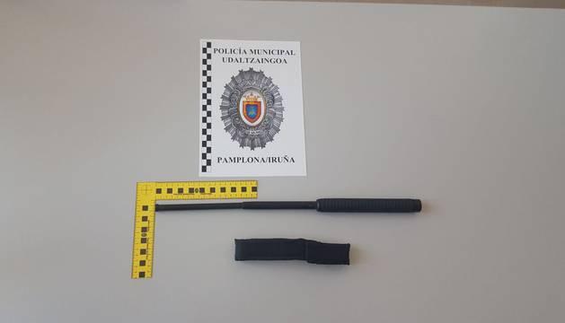 Imagen de la defensa extensible que requisó la Policía Municipal.