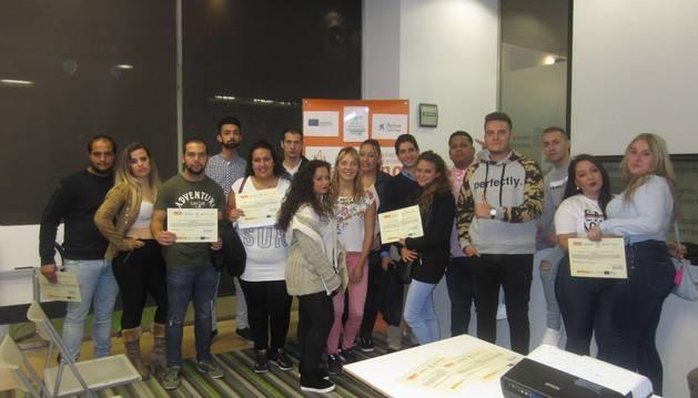 Participantes en el programa 'aprender trabajando'.