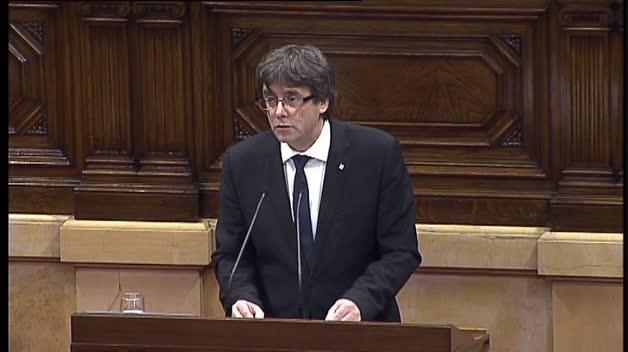 """Puigdemont asume """"el mandato de que Cataluña se convierta en un Estado independiente"""""""