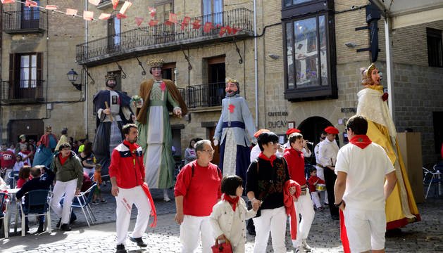 Un momento  festivo en las pasadas fiestas de septiembre de Olite.