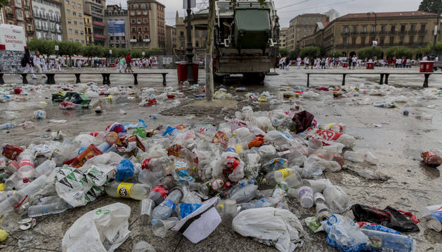 Imagen tomada el pasado 9 de julio en la Plaza del Castillo durante los Sanfermines de este año.