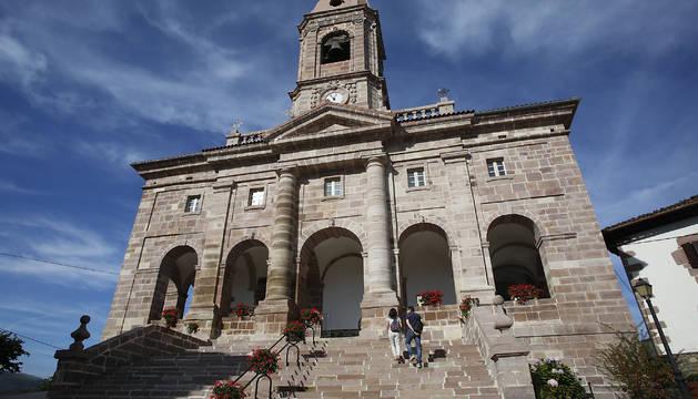 Iglesia de San Lorenzo de Ziga, construida entre 1593 y 1603, exponente del estilo Herreriano, luce restaurada.
