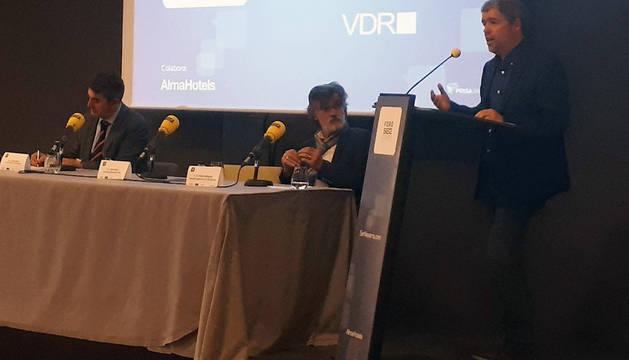 El secretario general de CC OO, Unia Sordo, durante su intervención en el Foro Ser Navarra.