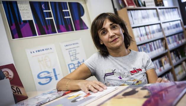 Ana Cambra, esta semana, en la sala infantil de la biblioteca de Zizur Mayor.
