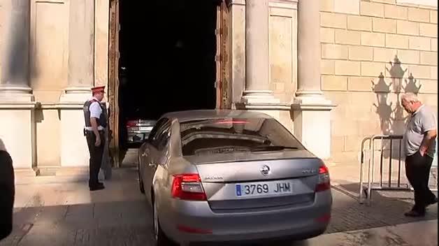 Puigdemont, a tres días de que responda al requerimiento del Gobierno
