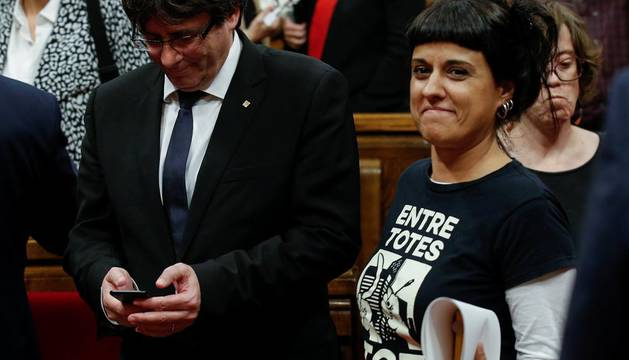 Puigdemont aborda la réplica a Rajoy en reuniones con consellers, partidos y entidades