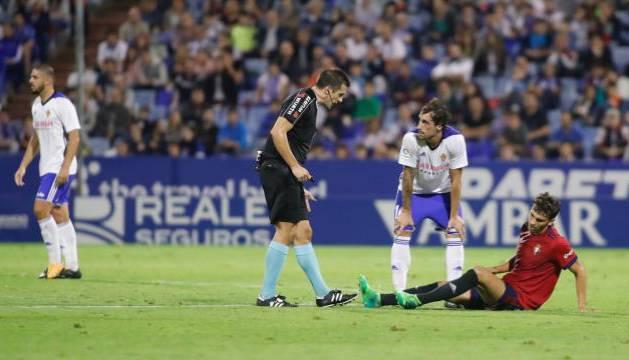 Lucas Torró, tras lesionarse en pleno partido.