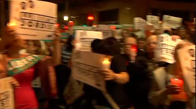 Miles de personas exigen en Barcelona la puesta en libertad de 'los Jordis'