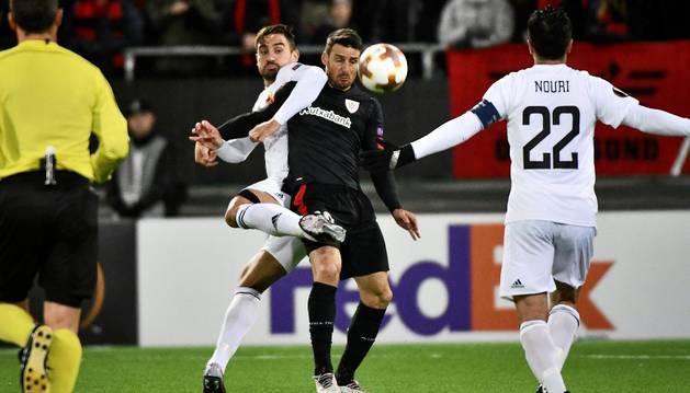 Aduriz consiguió el primer gol de los bilbaínos.