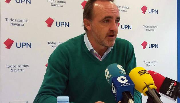 El presidente de UPN, Javier Esparza, durante su visita este viernes a Tudela.