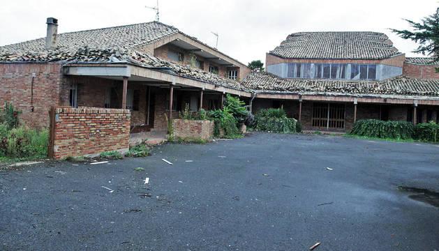 Aspecto del acceso al edificio principal al convento de las Agustinas de San Pedro, en Aranzadi.