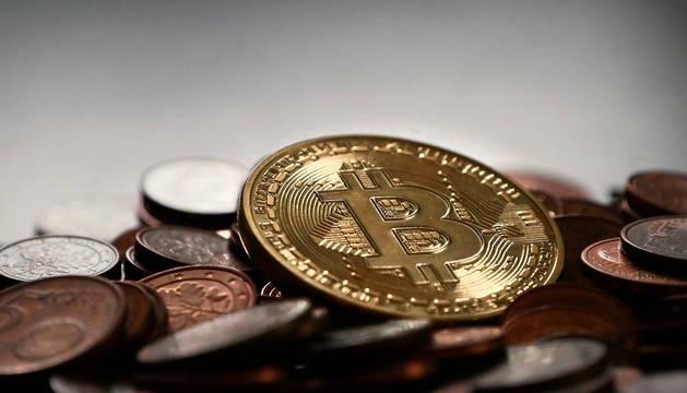 La familia holandesa que invirtió todo en 'bitcoins' para vivir en un camping