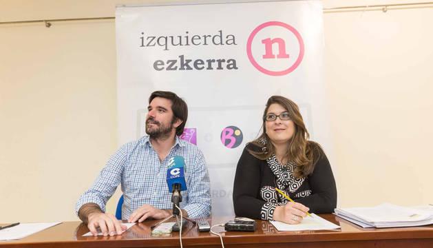Eneko Larrarte y Olga Risueño, durante la rueda de prensa del lunes.