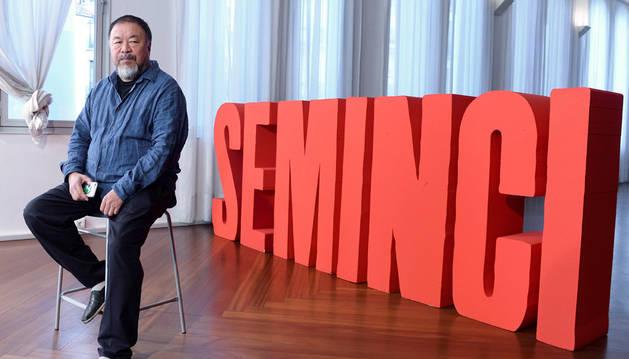 Imagen del activista chino Ai Weiwei en la presentación del documental 'Human flow'.