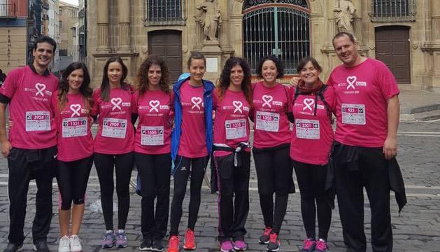 Pamplona se tiñe de rosa en la carrera contra el cáncer de mama