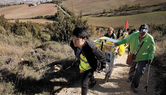 Japón limpia el Camino de Santiago