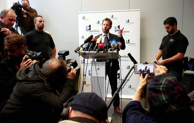 Puigdemont y los exconsellers se entregan a la Policía belga