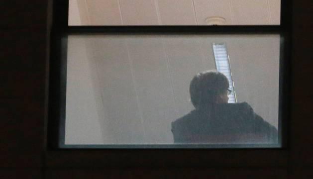 El expresidente de la Generealitat de Cataluña, Carles Puigdemont, en una dependencia de la sede de la Fiscalía belga en Bruselas