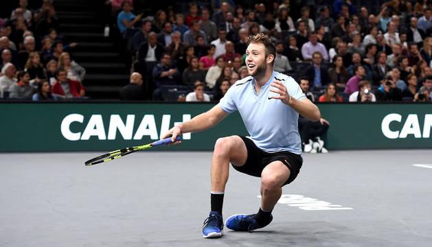 La expresión del estadounidense Sock tras saberse campeón y uno de los ocho clasificados para las Finales ATP