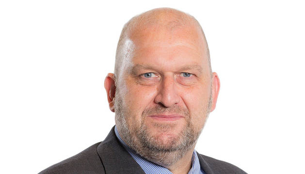 Hallan muerto a un exministro galés investigado por denuncias de acoso