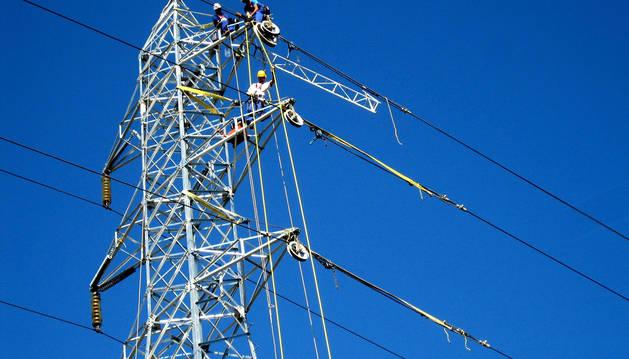 El precio de la luz no bajará con las medidas que prepara el Gobierno