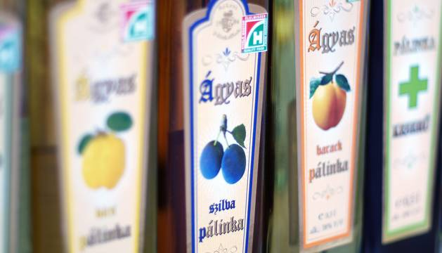 foto de pálinka es un aguardiente típico de Hungría