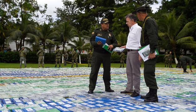 La Policía de Colombia decomisa 13,3 toneladas de cocaína al Clan del Golfo