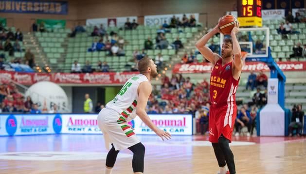 Urtasun durante un partido con el UCAM Murcia