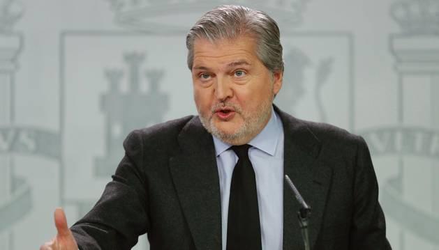 El ministro de Educación, Cultura y Deporte, y portavoz del Gobierno, Íñigo Méndez de Vigo, durante la rueda de prensa tras la reunión del Consejo de Ministros, en el Palacio de la Moncloa.