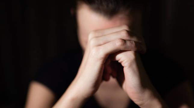 Una mujer con depresión