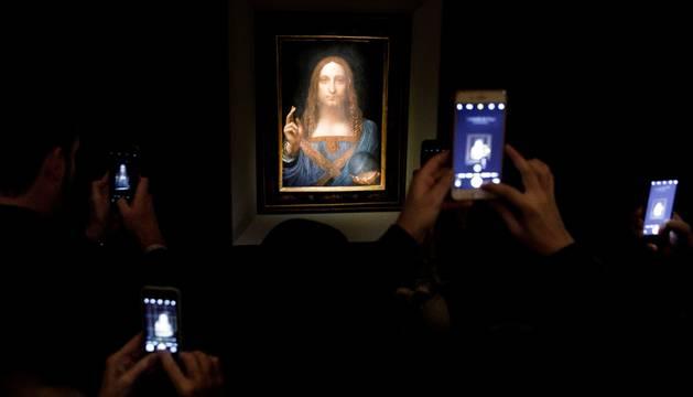 'Salvator Mundi' es una de las menos de veinte obras del genio del Renacimiento que han logrado sobrevivir.