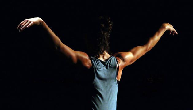 Sigue este miércoles el ciclo municipal de danza con el espectáculo 'Drei'