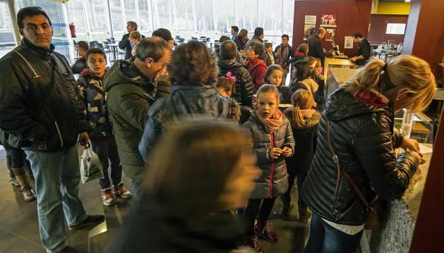 Público asistente al ciclo de cine infantil de la pasada Navidad en Estella.