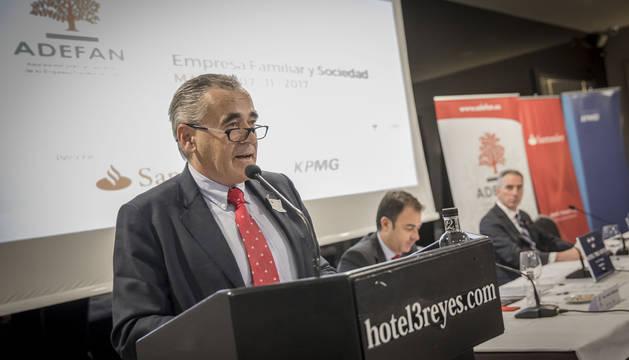 Francisco Esparza Unsain, presidente de Adefan, durante la asamblea de Adefan celebrada recientemente en el hotel Tres Reyes.