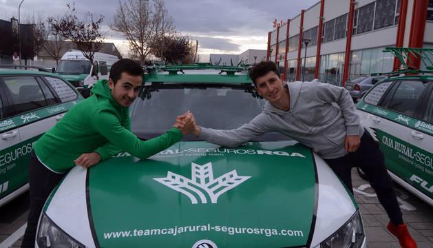 Josu Zabalo y Julen Amézqueta, los dos navarros del equipo profesional Caja Rural para la temporada 2018.