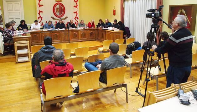 A partir de ahora, las sesiones plenarias del Ayuntamiento de Sangüesa se podrán seguir también desde la página web municipal, pinchando en el icono 'Plenos en directo'.