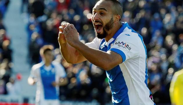 Nabil El Zhar celebra el segundo gol del Leganés.