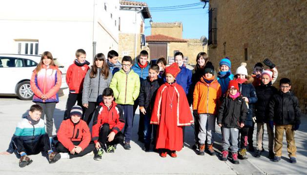 Oier Carnes Martínez, de 9 años, ejerció este año de obispillo en Garínoain.